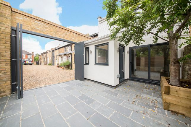 Thumbnail Mews house for sale in Charles Nex Mews, Dulwich, London