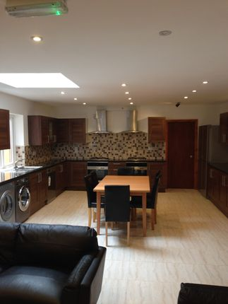 Thumbnail Semi-detached house to rent in Oak Tree Lane, Selly Oak
