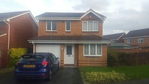 Thumbnail Detached house to rent in Hedingham Road, Telford