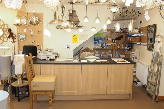 Thumbnail Retail premises for sale in Furnishing & Int Design PR6, Lancashire