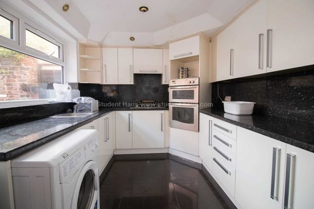 Thumbnail Detached house to rent in Alresford Road, Salford