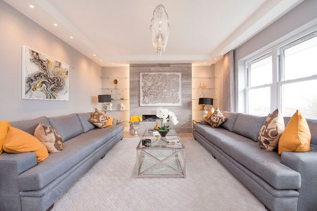 Thumbnail Flat to rent in Flat E Lyndhurst Lodge, Hampstead