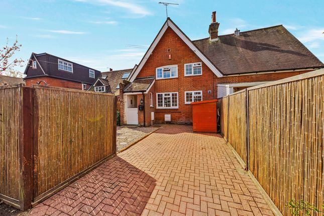 2 bed mews house for sale in Old Guildford Road, Broadbridge Heath, Horsham RH12