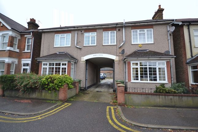 1 bed flat to rent in Butts Road, Stanford-Le-Hope SS17