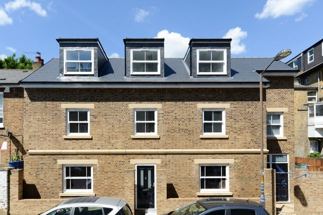 Thumbnail Flat for sale in Burchell Road, London