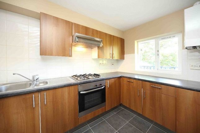 Thumbnail Flat to rent in Landons Close, Jamestown Harbour, Blackwall Basin, London