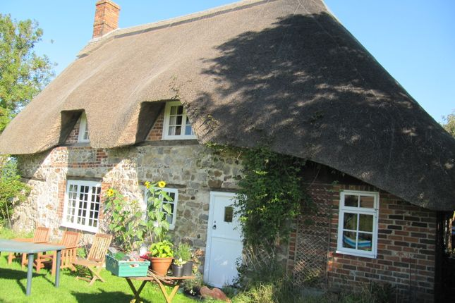 Thumbnail Cottage to rent in Southend, Ogbourne St. George, Marlborough