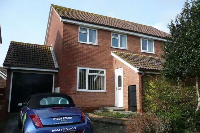 3 bed semi-detached house to rent in Fishermans Close, Chickerell, Weymouth