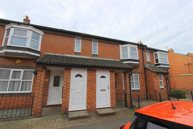 Thumbnail Flat to rent in Smithfield Road, Darlington