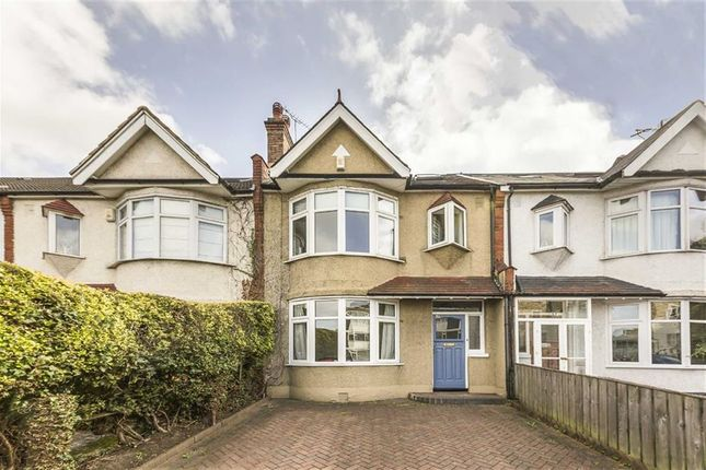 Thumbnail Terraced house to rent in Kings Avenue, London