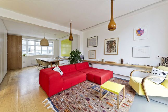 Thumbnail Detached house for sale in Pangbourne Avenue, London