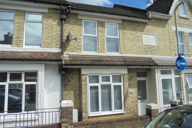 Thumbnail Terraced house to rent in Kent Avenue, Ashford, Kent