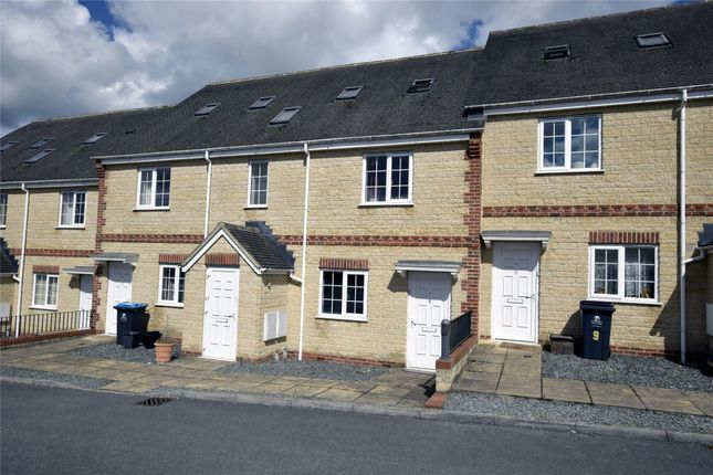 Flat to rent in Willoughby Fields, Freeland, Oxon