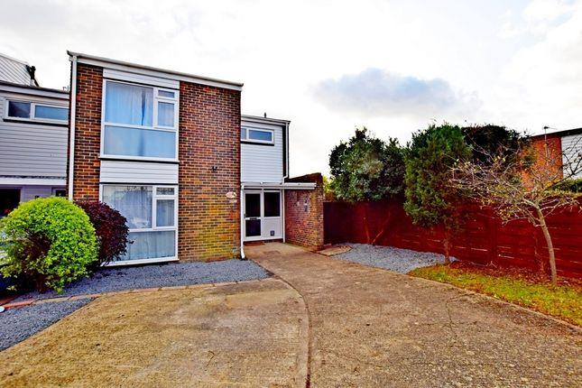 3 bed semi-detached house to rent in Silverdale Close, Bognor Regis PO21