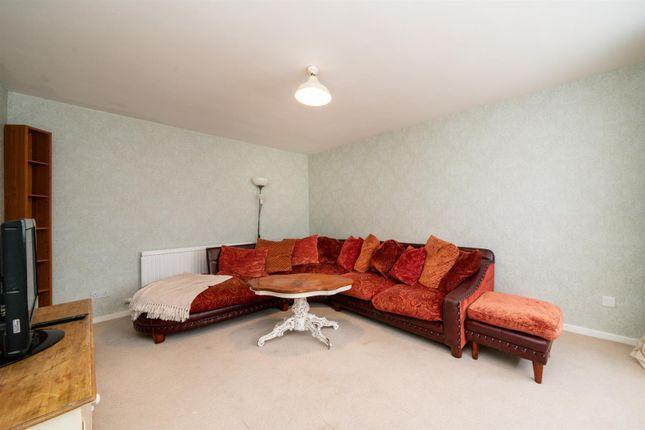 Thumbnail Terraced house for sale in Argyll Road, Hemel Hempstead
