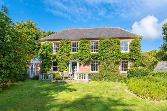Thumbnail Detached house for sale in Vines Cross, Heathfield