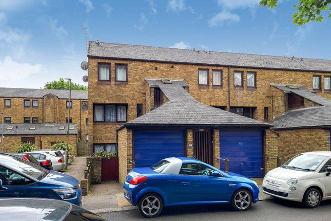 Thumbnail Flat for sale in Maysoule Road, Battersea