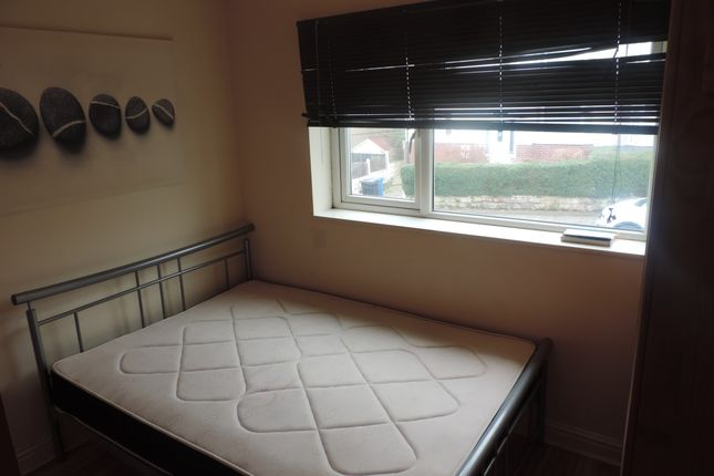 Thumbnail Flat to rent in Essex Road, Sheffield