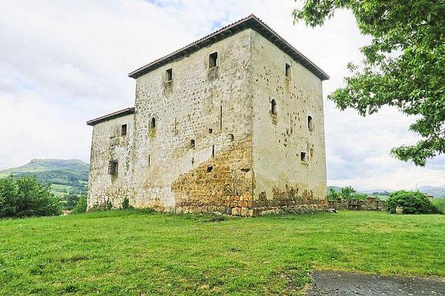 Thumbnail Château for sale in Villasana De Mena, Valle De Mena, Burgos, Castile-Leon, Spain
