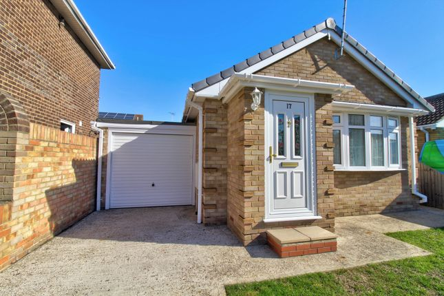 Thumbnail Bungalow for sale in Hernen Road, Canvey Island