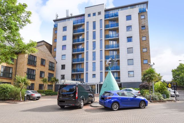 Thumbnail Flat for sale in Plough Way, Surrey Quays