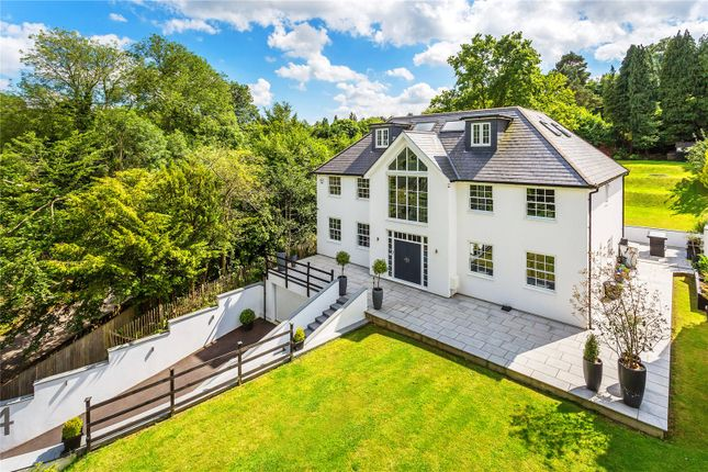 Thumbnail Detached house for sale in Oakhill Road, Sevenoaks, Kent