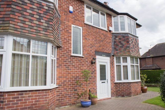 Thumbnail Property to rent in Sandown Drive, Sale, Cheshire