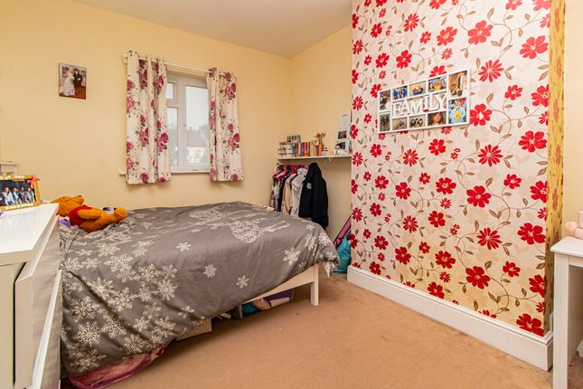 Bedroom of Edith Road, Southend-On-Sea SS2