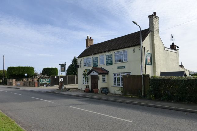 Thumbnail Pub/bar for sale in Main Road, Lincolnshire: Alford