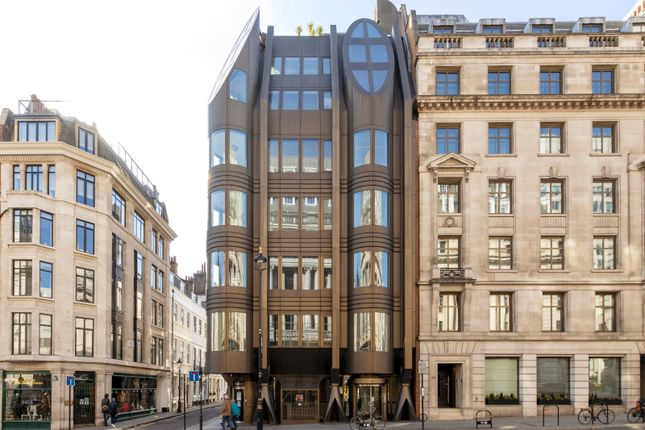 Thumbnail Flat for sale in St. James's Street, St. James's, London