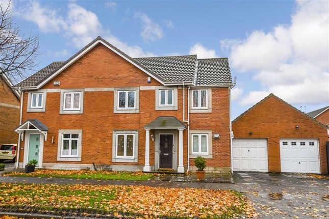 Thumbnail Semi-detached house for sale in Southbridge Road, Victoria Dock, Hull