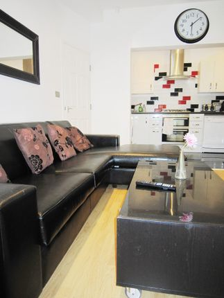 Thumbnail Terraced house to rent in Albion Road, Fallowfield, Manchester