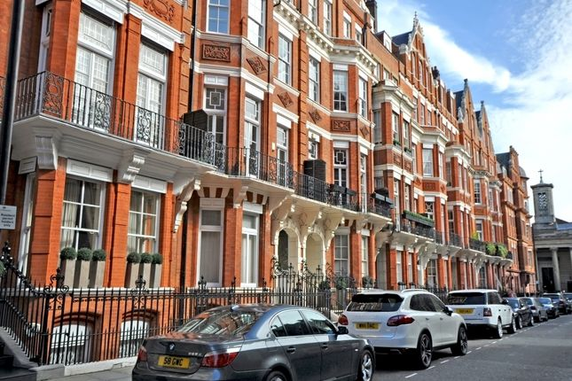 Thumbnail Property for sale in Green Street, London