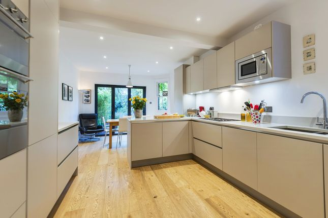 Thumbnail Terraced house for sale in Aldred Road, London