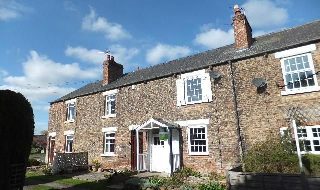 Thumbnail Terraced house to rent in School View, Monk Fryston, Leeds