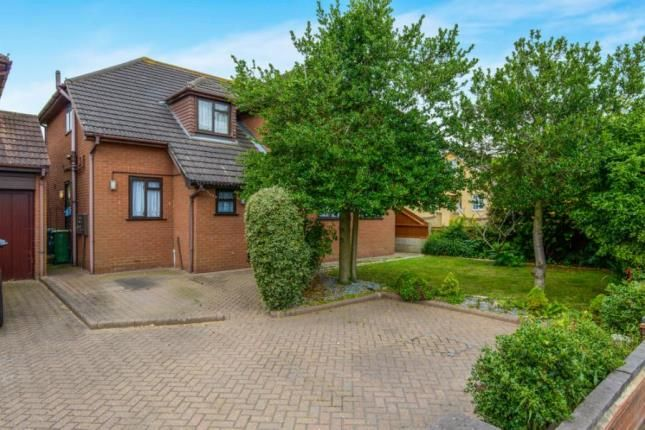 Thumbnail Detached house for sale in Hawkwell, Hockley, Essex