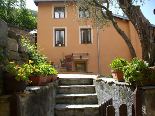 2 bed town house for sale in Ubaghetta-Borghetto D'arroscia, Borghetto D'arroscia, Imperia, Liguria, Italy
