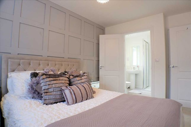 Bedroom 1 of Padfield Court Business Park, Gilfach Road, Tonyrefail, Porth CF39