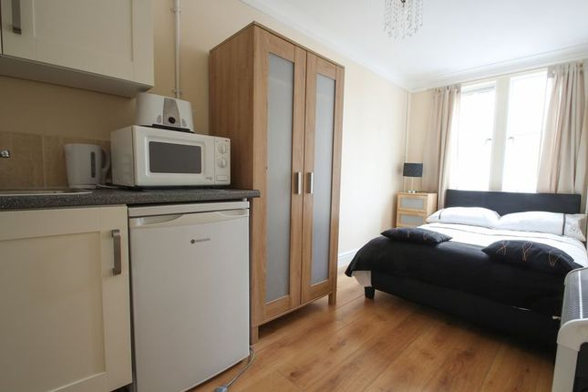 Thumbnail Room to rent in Portmeadow Walk, London