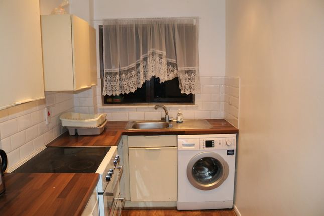 Thumbnail Terraced house to rent in Mills Grove, London, Greater London