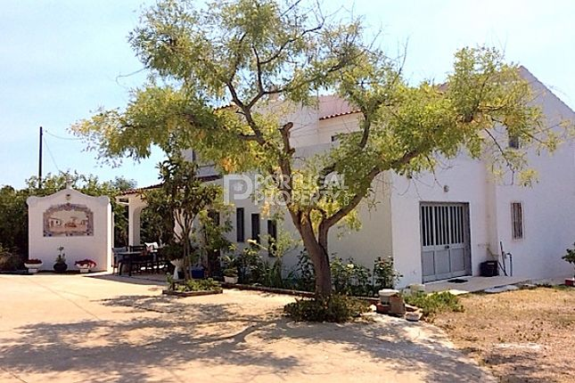 4 bed villa for sale in Tavira, Algarve, Portugal