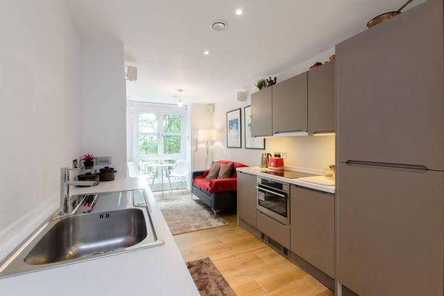 Studio to rent in Baynes Street, Camden Town