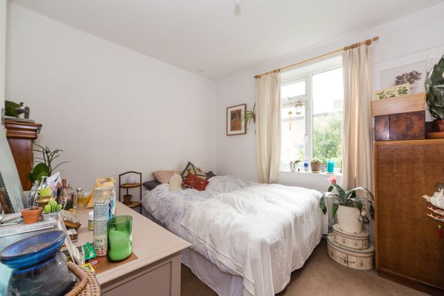 Thumbnail Flat to rent in Glyn Road, London