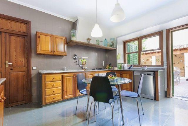 Kitchen of Spain, Mallorca, Alaró