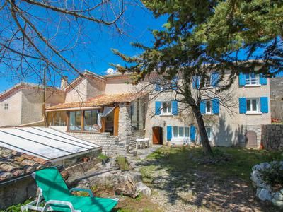 Property for sale in Sederon, Drôme, France