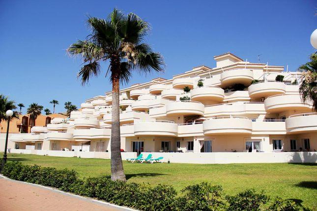 4 bed apartment for sale in Estepona, Málaga, Spain