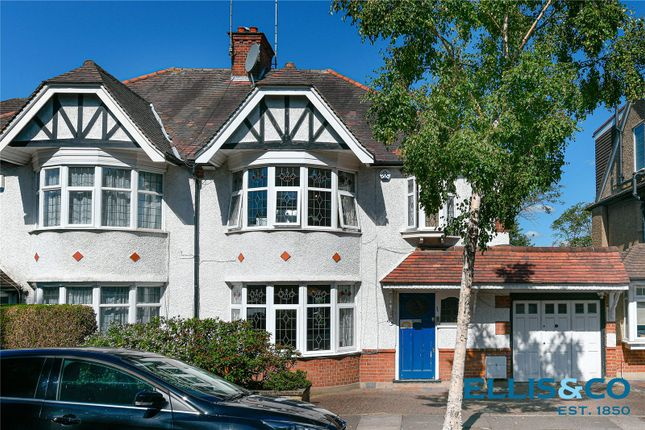 Picture No. 25 of Lyndhurst Gardens, Finchley N3
