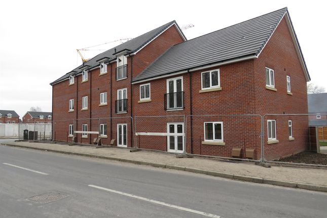 Thumbnail Flat for sale in Stroud Avenue, Willenhall