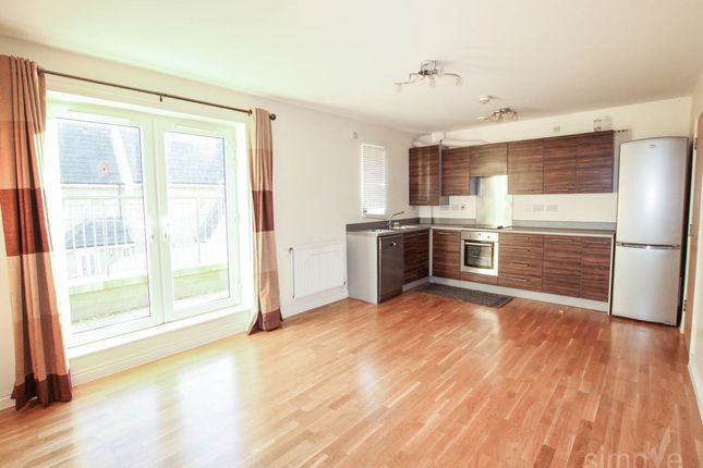 Thumbnail Flat to rent in Ostia Lodge, 2 Varcoe Gardens, Hayes