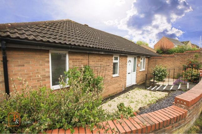 3 bed bungalow to rent in Firstore Drive, Colchester, Essex CO3